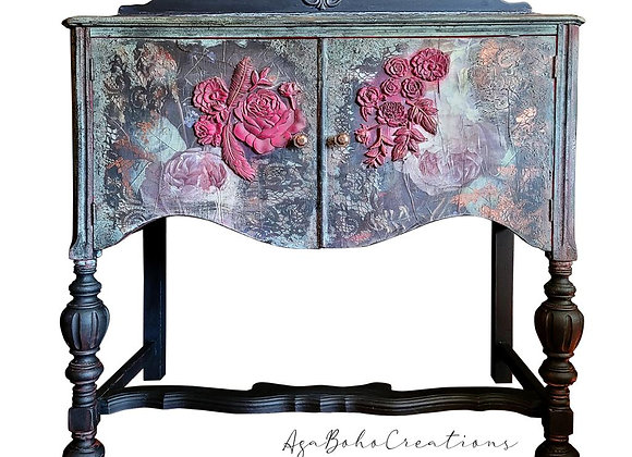 Pink Floral Buffet Table