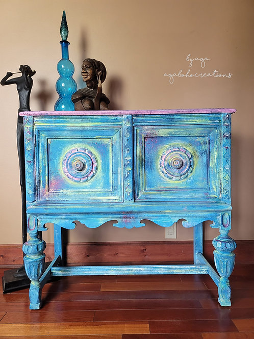 Funky Blue and Pink Neon Buffet