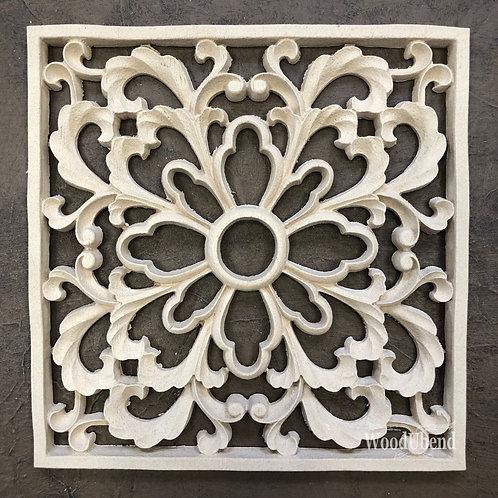 Decorative Square WUB2131 18.6cms