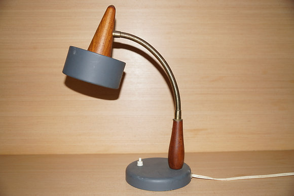 Retro teak bordlampe
