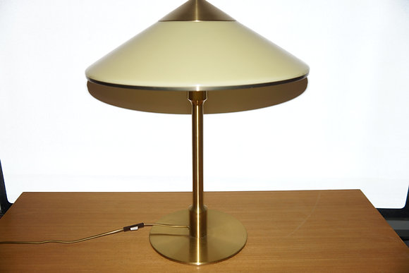 Fog & Mørup - Kongelys lampe