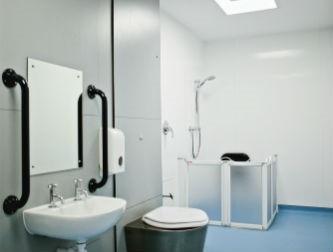 Lindridge bathroom