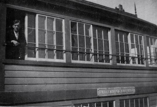 EdmundMurray - Parkend Box.jpg