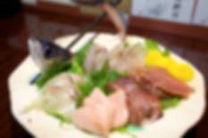 とびうおの刺身姿造り佐世保日本酒専門バータイム.jpg