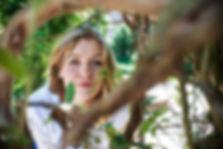 Fotoshooting in Lübeck, Portrait, Blick in den geheimen Garten