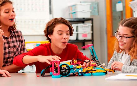 Ocho beneficios de la robótica para niñas, niños y jóvenes