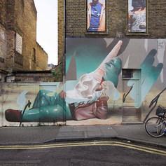 Telmo Miel murals in East London