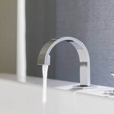 Modern-bath-tap-ideas.jpg
