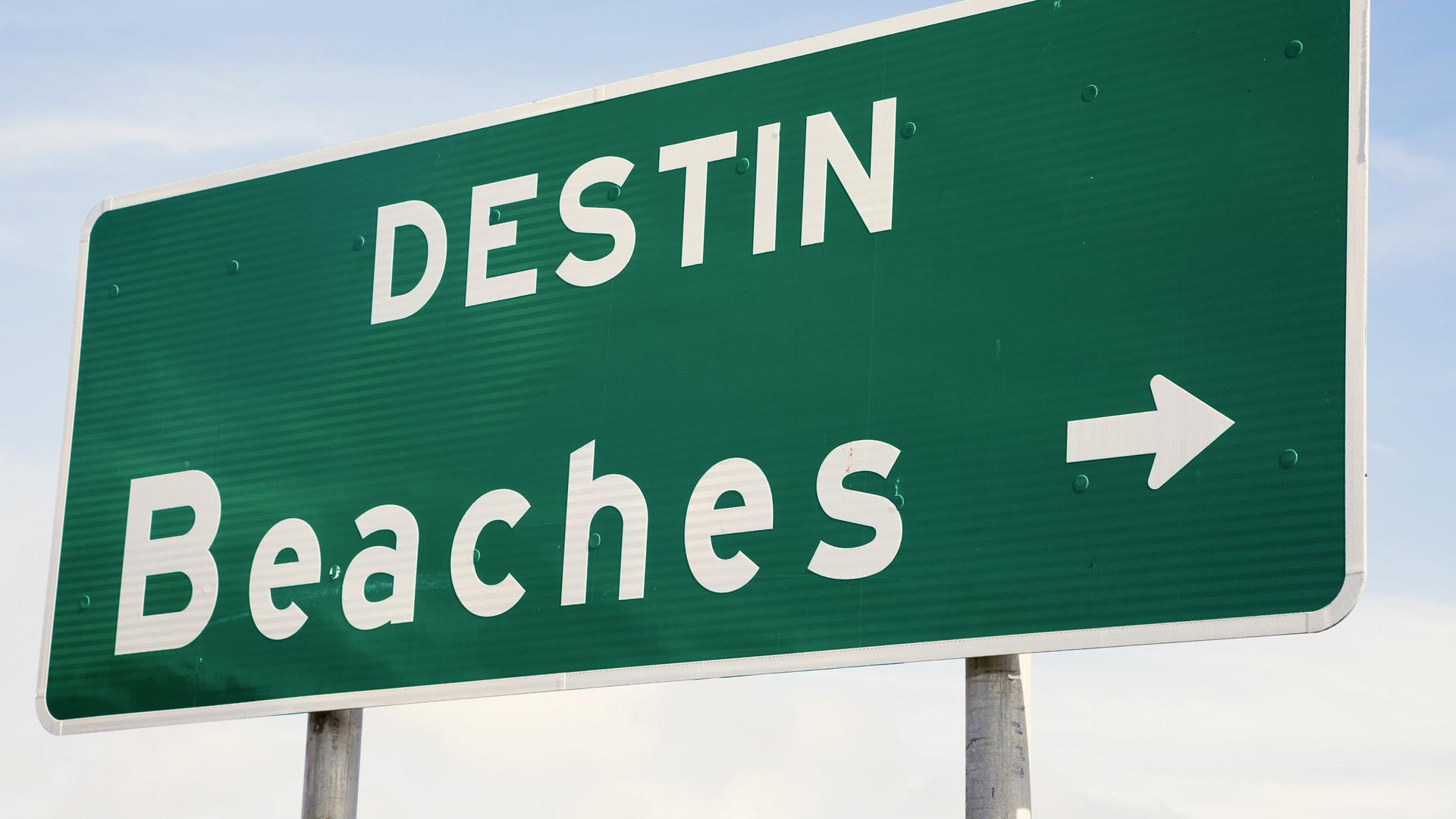 destin beaches sign.jpg