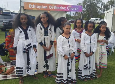 language school girls traditional clothe