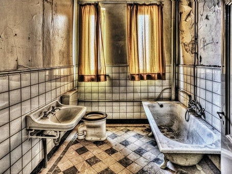 風呂上がりの浴室「カビ対策」に冷水?お湯?どちらが正解?