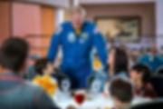 宇宙飛行士と昼食