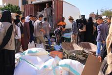 Mona Relief delivers 385 food aid baskets in Yemen