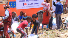 65 families at al-Azaraqeen displaced camp in Sana'a receive food supplies
