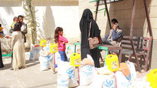 100 families received food from Mona Relief in Sana'a