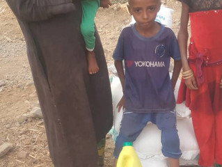 14 Malnourished children in Bani Quis of Hajjah receiving their monthly food baskets