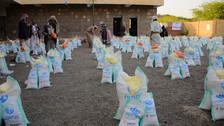 Mona Relief distributes 500 food baskets in Seham area of al-Haymah al-khargia district of Sana'a