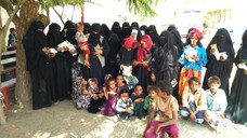 50 widows in al-Derehimi area of Hodeidah received cash assistance from Mona Relief