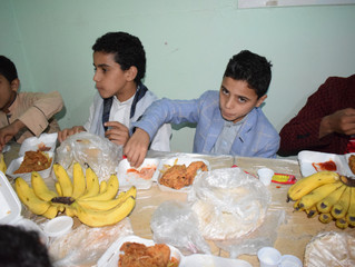 100 orphans received Iftar meal in Sana'a