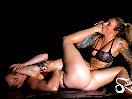 SOS0276 Dark and Intense - Ava Austen and Lottie LaLay - Foot Worship