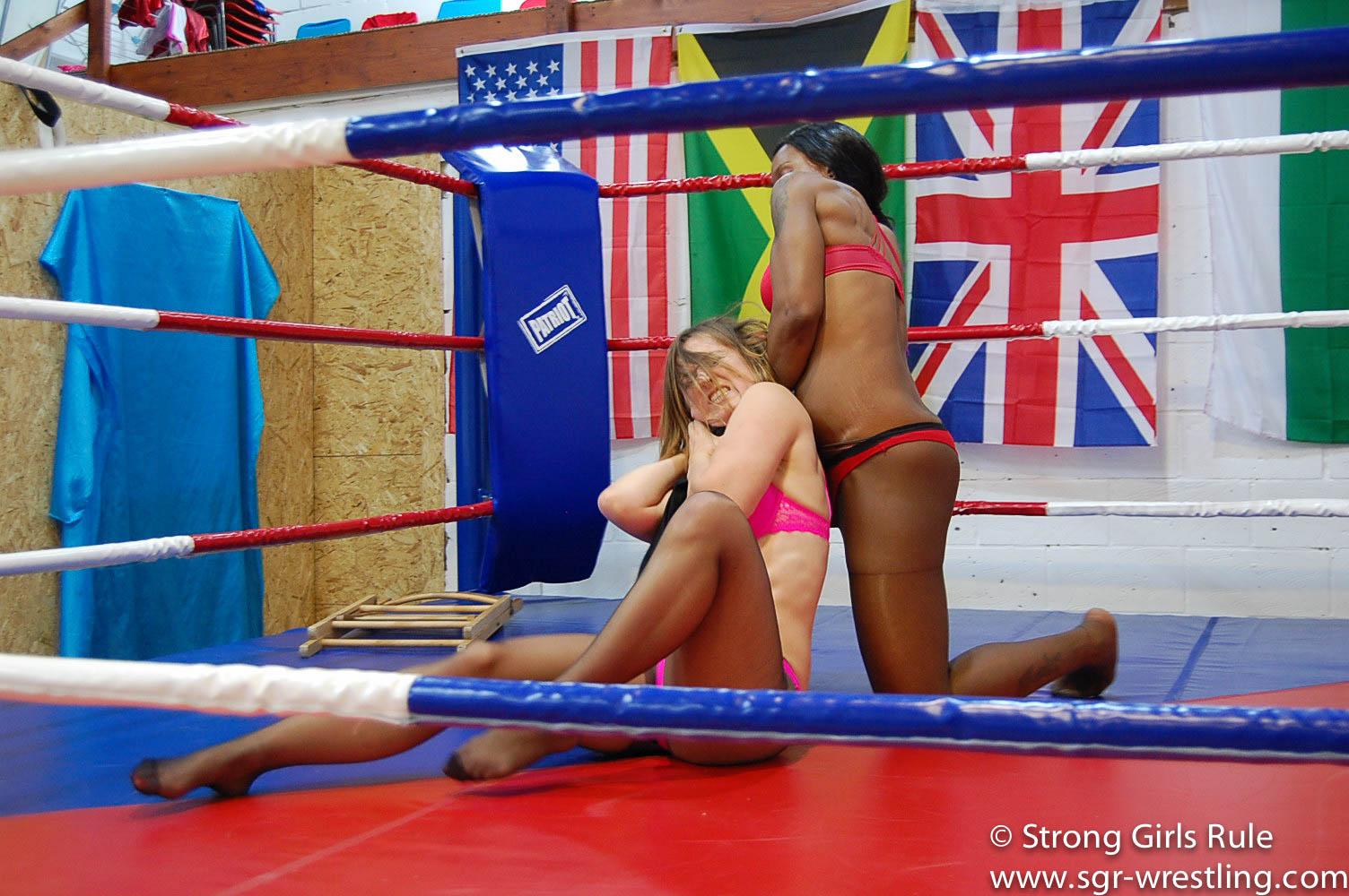 Dirty tactics - Ayesha dominates Scorpion