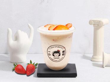 一口酸奶/芒里偷闲酸奶+草莓肉酸奶
