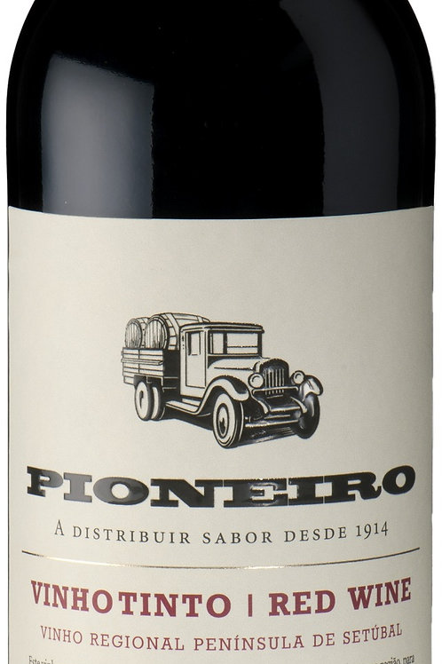 Pioneiro Red Wine Vinho Regional Peninsula de Setubal