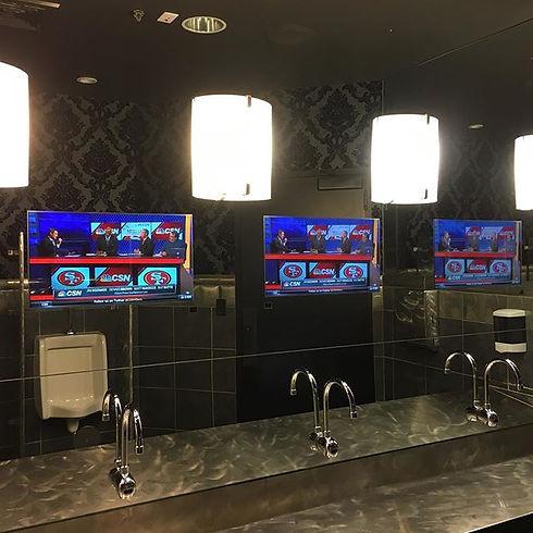 Mayweather's club bathroom mirror TVs.jp