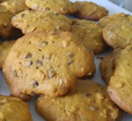 pumpkin oatmeal cookies.jpeg