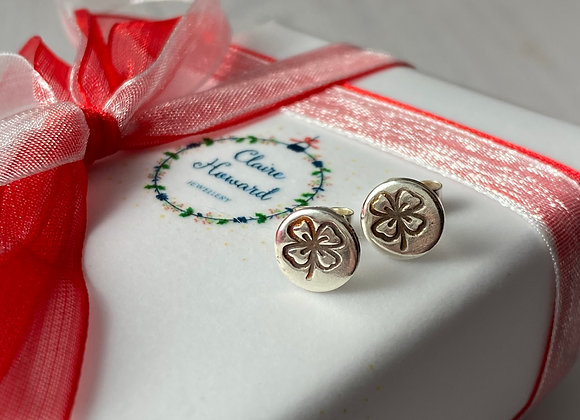 Good luck clover stud earrings