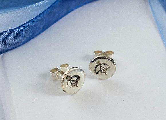 Busy Bee Stamped stud earrings