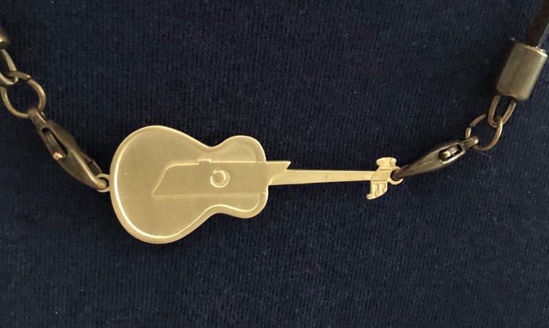 Bronze TN Guitar Neclace