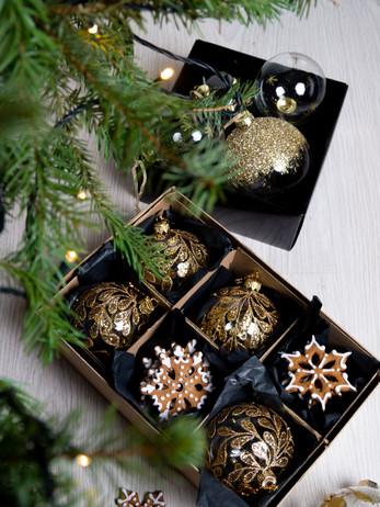 Kerstdecoratie in de kerstboom
