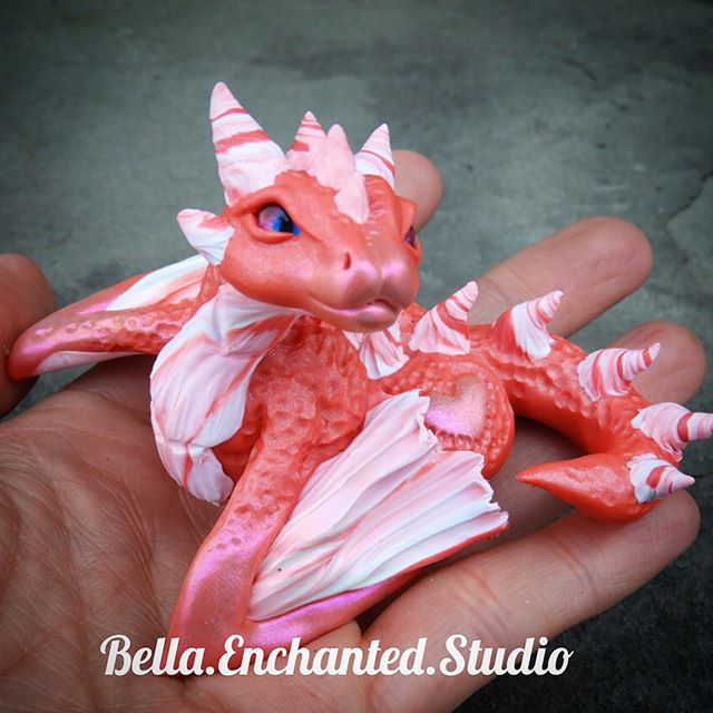 Mi'amora the Love struck Dragonkin will be available tomorrow in my Etsy at 6pm EST.jpg