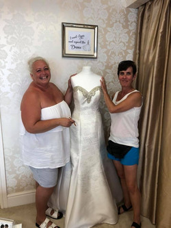 Signing the dress 8