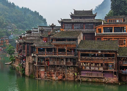 1_fenghuang_ancient_town_hunan_china.jpg