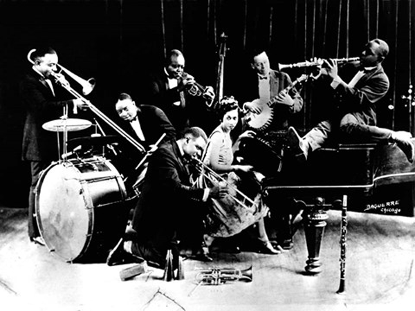 """דוגמה לתזמורת בסגנות """"דיקסילנד"""""""