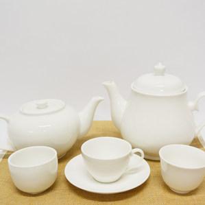 Tea Cup & Tea Pot 茶杯和茶壺