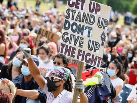 De (on)zin van protest