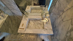 vanity top with marble integrated sink (