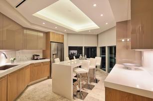 Portofino 2302 Kitchen 3 (4).jpg