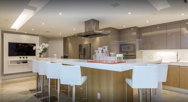 Kitchen_Countertop_1.JPG