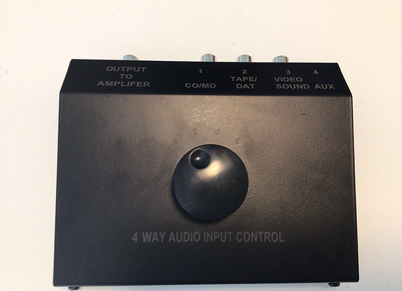 4 - vejs stereo omskifter box