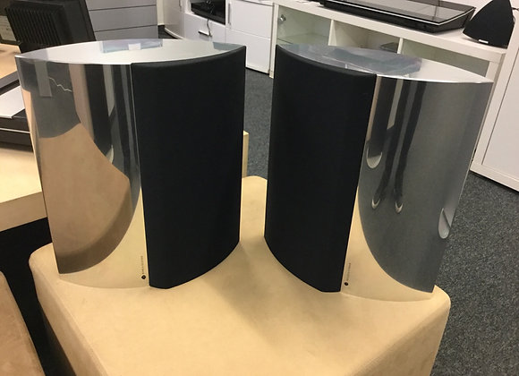 Beolab 4000 med icepouver
