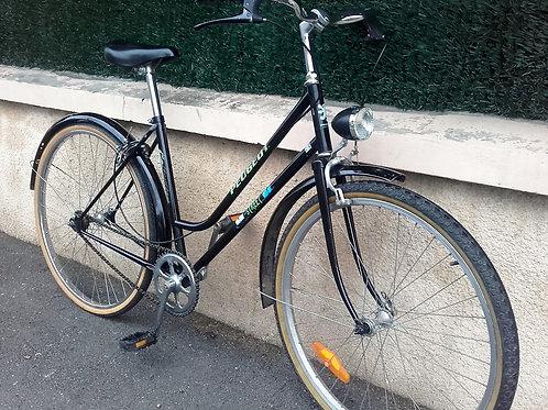 Vélo Peugeot type hollandais