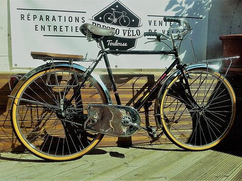 Vélo vintage Lapierre facteur
