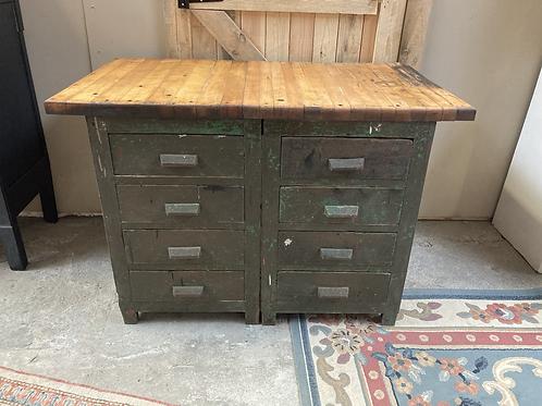 Meuble d'atelier à tiroirs