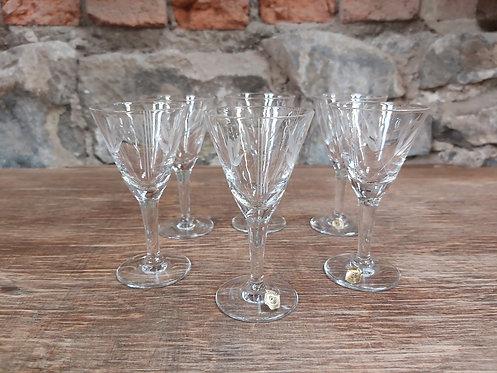 6 verres à liqueur