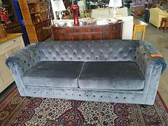 Sofa 200 x 80 cm. 495€