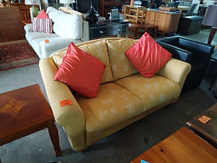 Sofa 170 x 80 cm. 145€